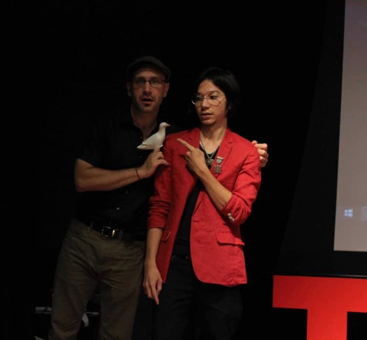 Ảo thuật chim bồ câu TedTalk